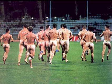 Equipa Nudista