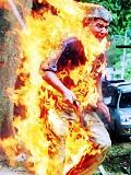 Em chamas - Postal de Sociedade