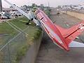 Avião vermelho - Postal de Sociedade